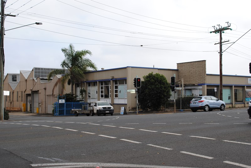 275-279 Ruthven TOOWOOMBA CITY QLD 4350