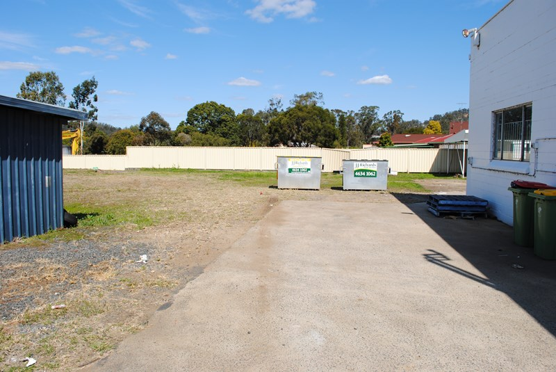 8581 Warrego Highway WITHCOTT QLD 4352