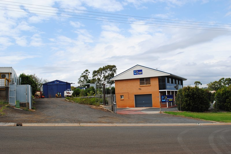 18-20 Sowden TOOWOOMBA QLD 4350