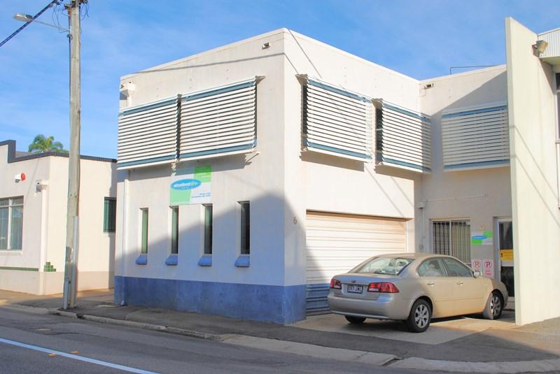 6 Union Street TOOWOOMBA QLD 4350