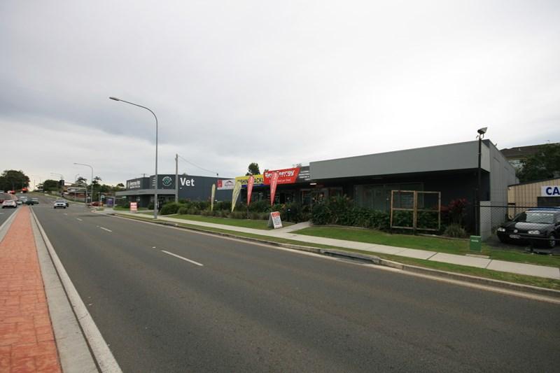 57 Brisbane  Road BIGGERA WATERS QLD 4216