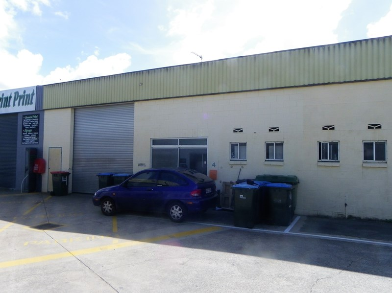 4/15 Industry Drive CABOOLTURE QLD 4510