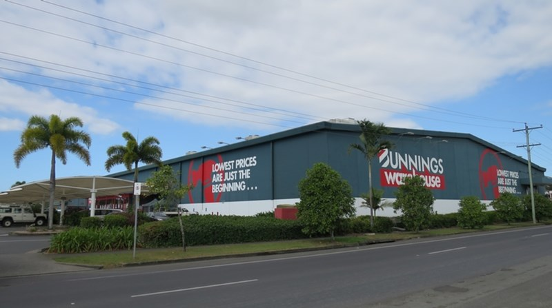 - Spence & Fearnley Street CAIRNS QLD 4870