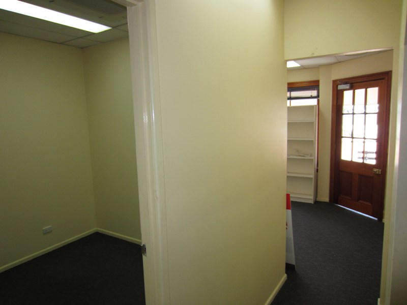 109 Gladstone Road HIGHGATE HILL QLD 4101