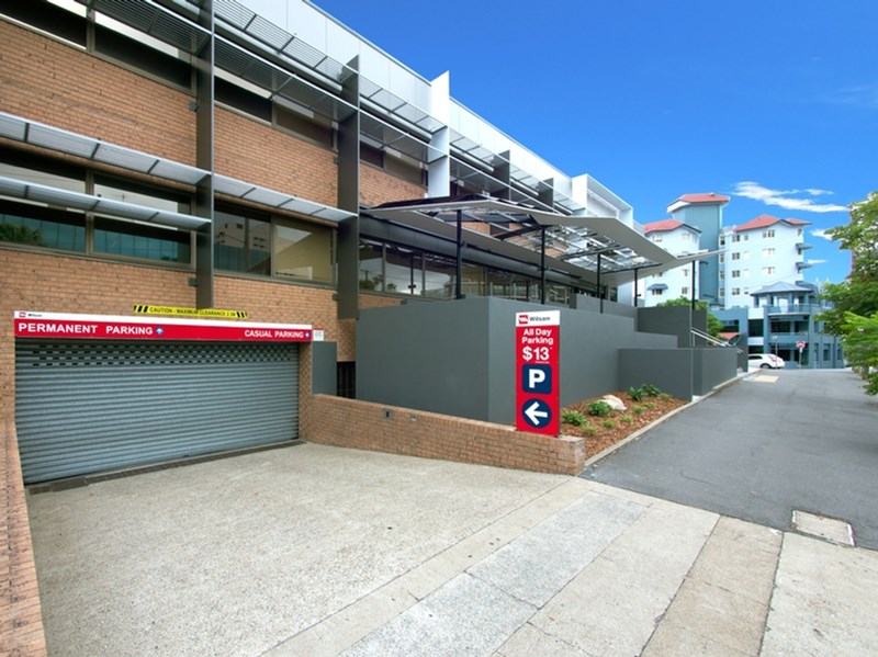 Ground and/88 Leichhardt Street SPRING HILL QLD 4000