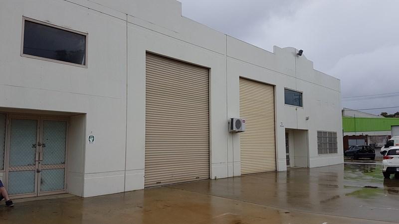 Unit 4 / 7-9 Owen Road KELMSCOTT WA 6111