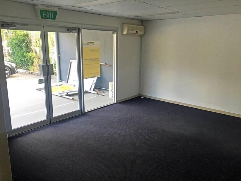 4/9 Fremantle Street BURLEIGH HEADS QLD 4220