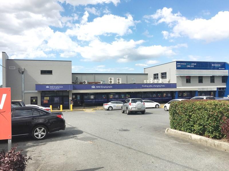 17 Station Road LOGAN CENTRAL QLD 4114