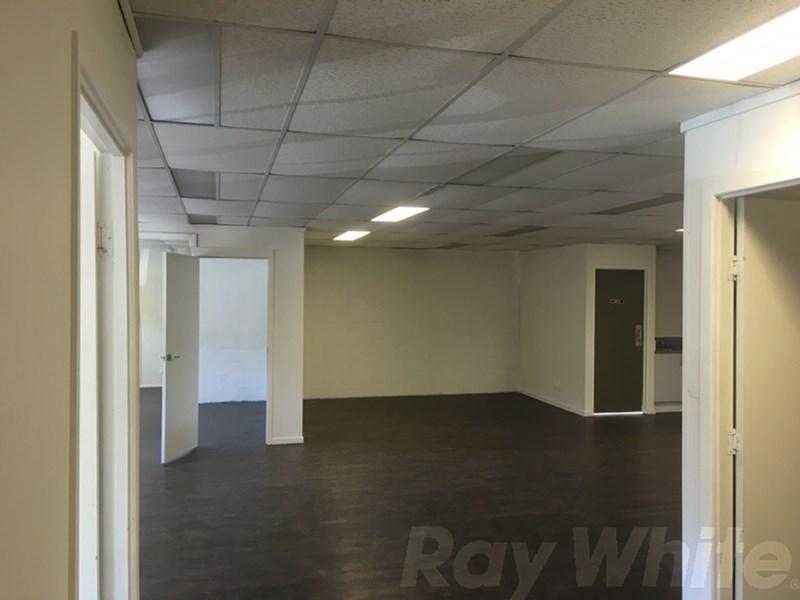 110 Logan Road WOOLLOONGABBA QLD 4102