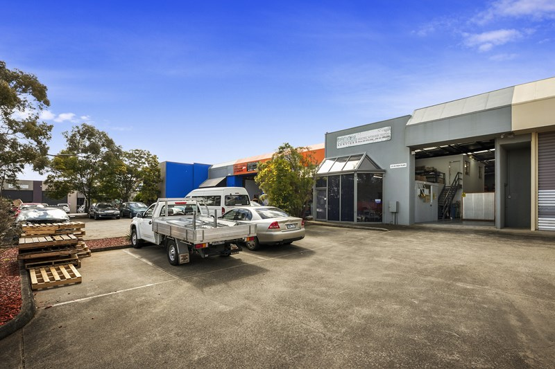 2/6 Hi-Tech Place ROWVILLE VIC 3178