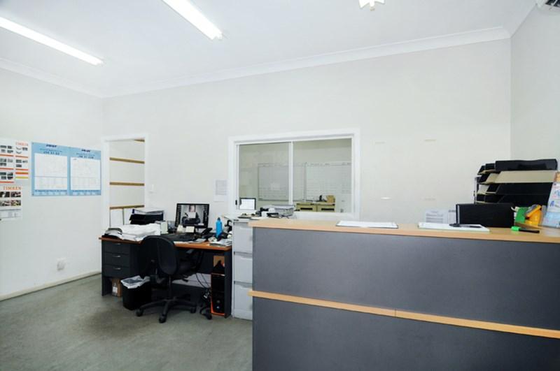 32 Ashover Road ROCKLEA QLD 4106