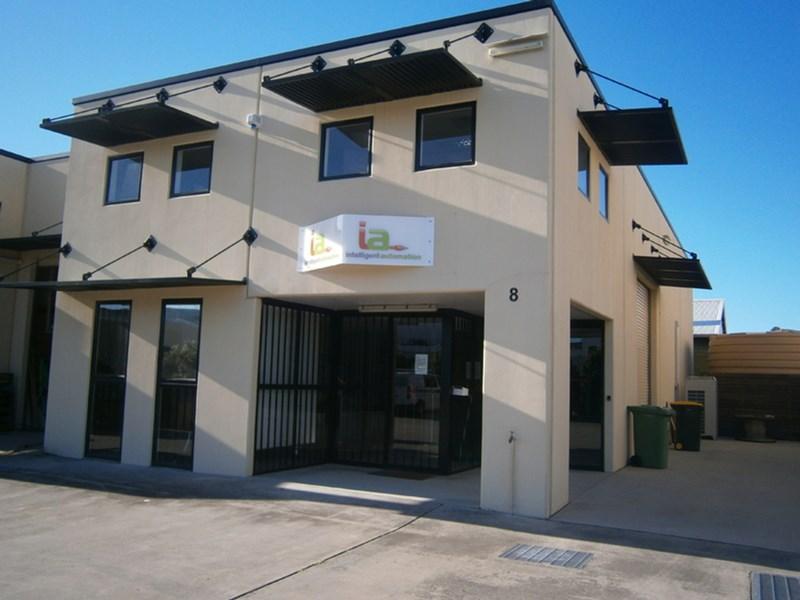 Unit 8/100 Sugar Road MAROOCHYDORE QLD 4558