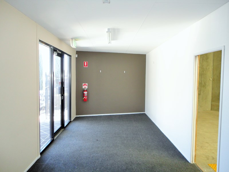 Unit 6 / 7 Sonia Court RACEVIEW QLD 4305