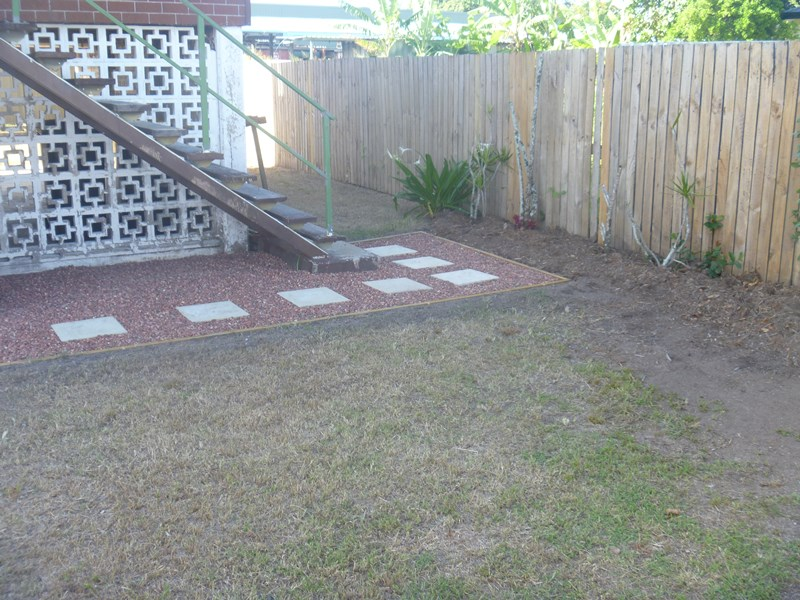 256 Spence Street BUNGALOW QLD 4870