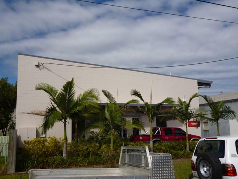Unit 2/10 Gurney Street GARBUTT QLD 4814