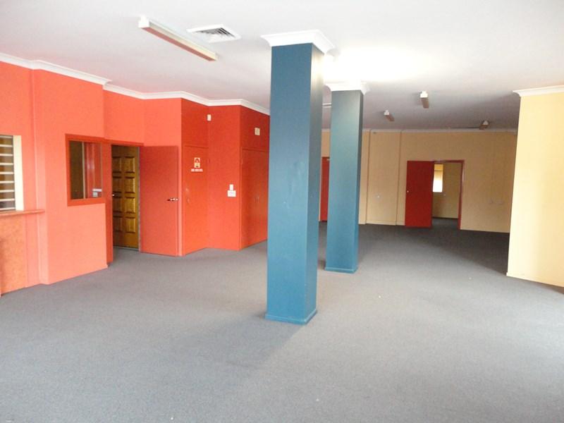 27 Ellenborough Street IPSWICH QLD 4305