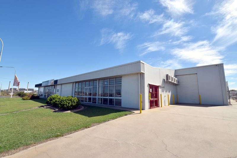 2/122 Hanson Road GLADSTONE CENTRAL QLD 4680