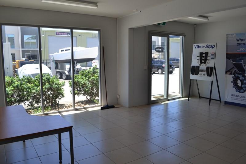33/75 Waterway Drive COOMERA QLD 4209