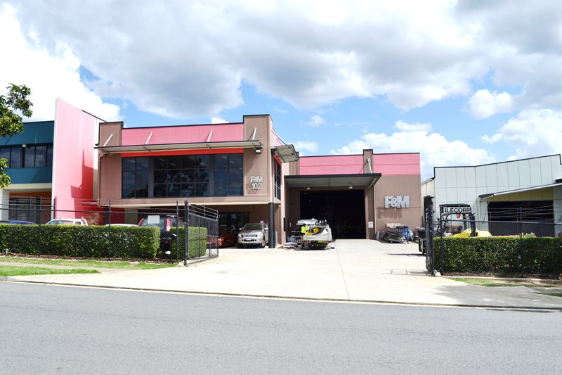 102 Stradbroke Street HEATHWOOD QLD 4110