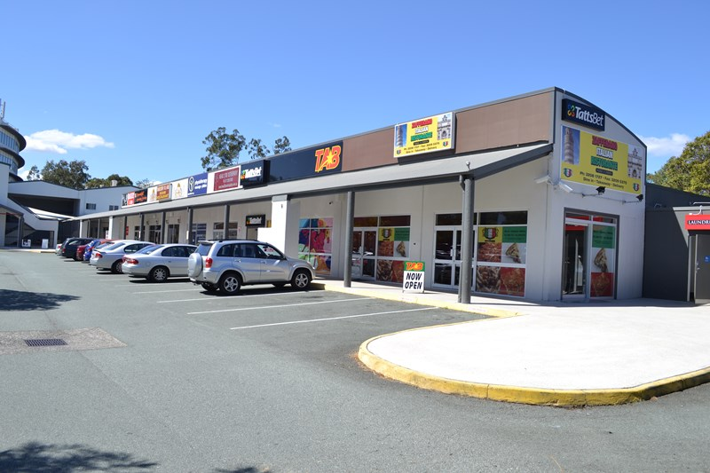 10/3 Dennis Road SPRINGWOOD QLD 4127