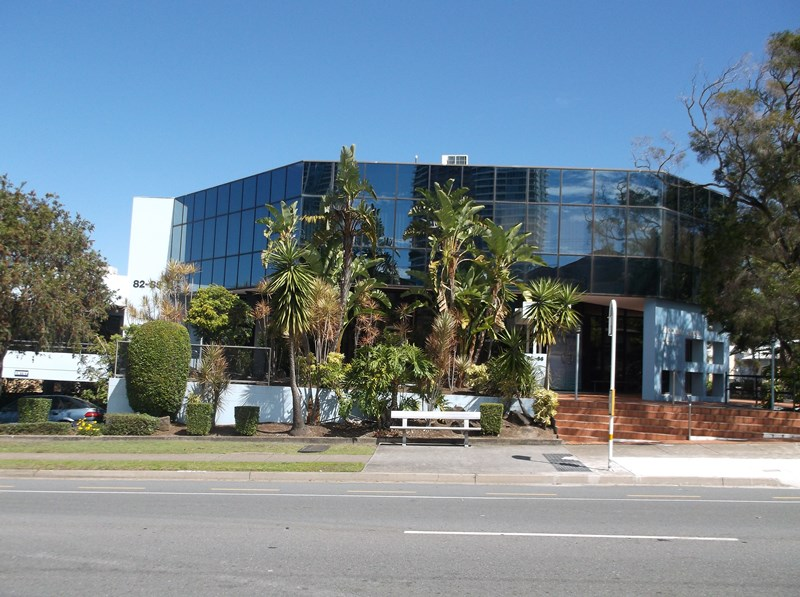 2/82 Queen Street SOUTHPORT QLD 4215