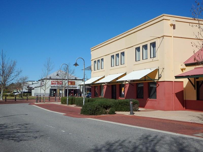 Shop 2, 1 Highpoint Blvd ELLENBROOK WA 6069