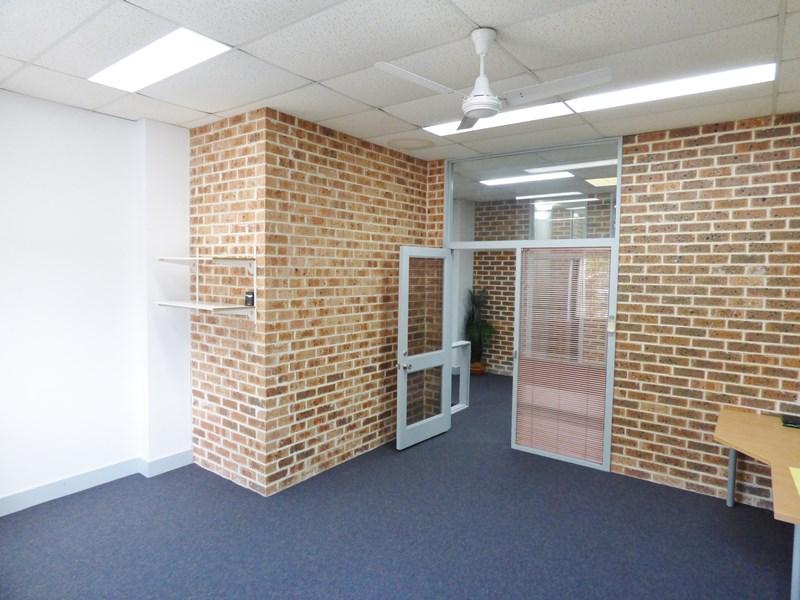 3/6 Wilmette Place MONA VALE NSW 2103