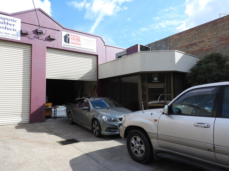 2/16 Jarrah Drive BRAESIDE VIC 3195