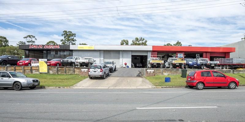 10-12 Ivan Street ARUNDEL QLD 4214