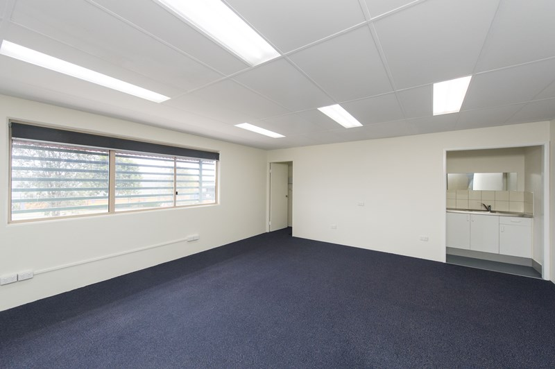 2/9 Northlink Place VIRGINIA QLD 4014