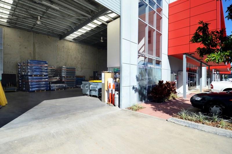302.3/6-12 Boronia Road BRISBANE AIRPORT QLD 4008