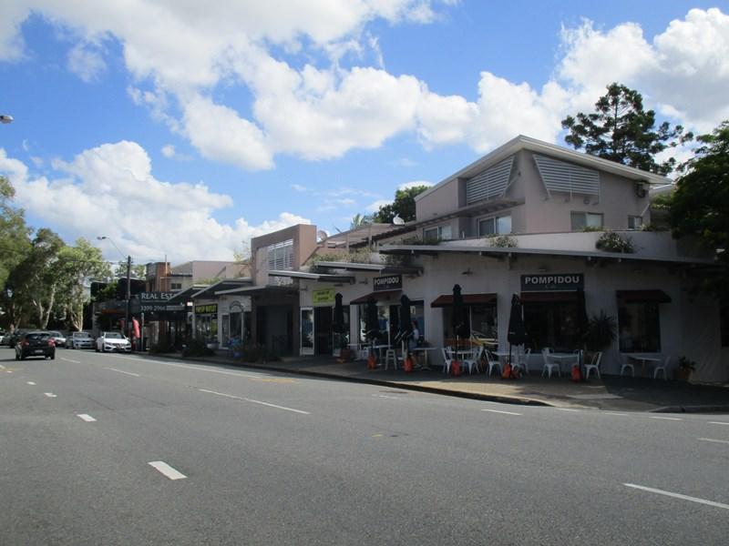 3/216 Riding Road BALMORAL QLD 4171