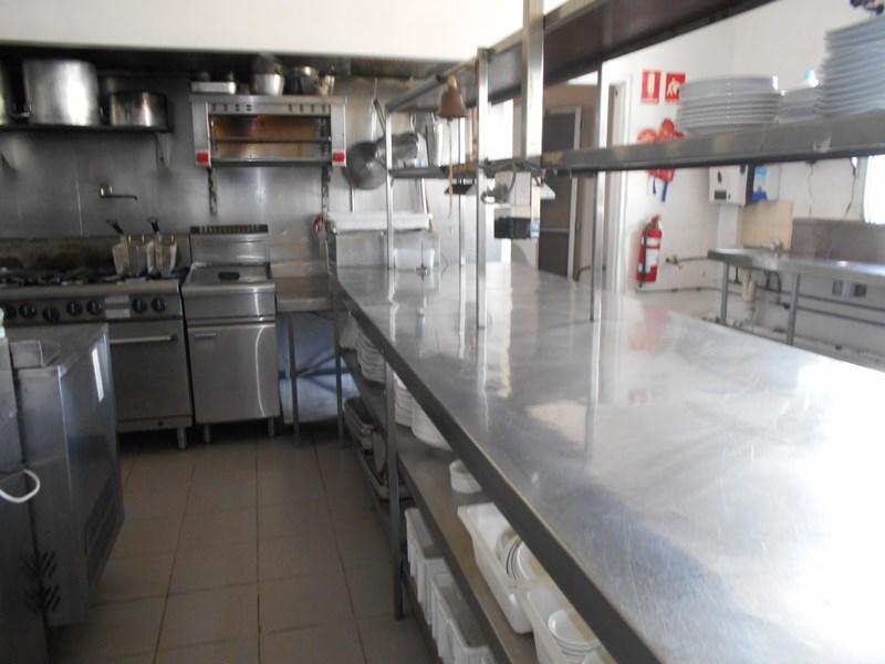 Shop 6 / 1 Airlie Esplanade AIRLIE BEACH QLD 4802