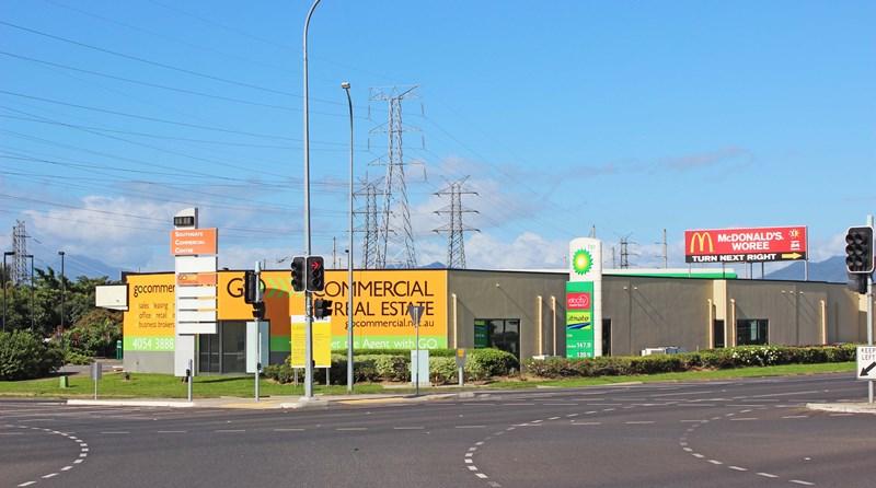 4/2-6 Southgate Close WOREE QLD 4868