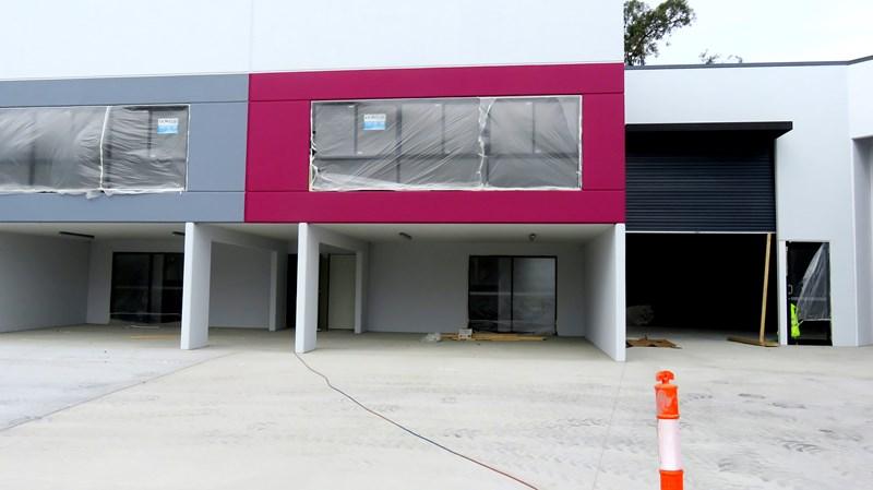 4/15 Motorway Circuit ORMEAU QLD 4208
