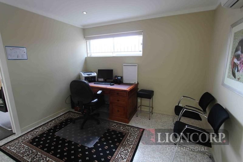 COORPAROO QLD 4151