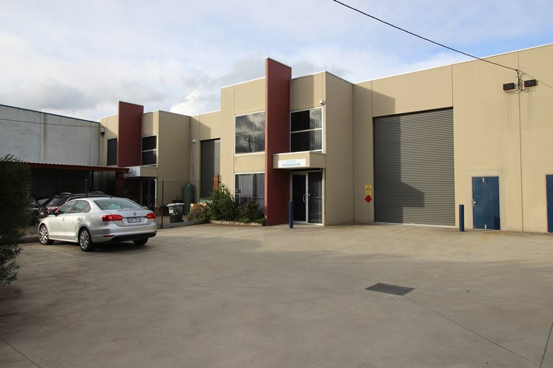 19A Sir Laurence Drive SEAFORD VIC 3198