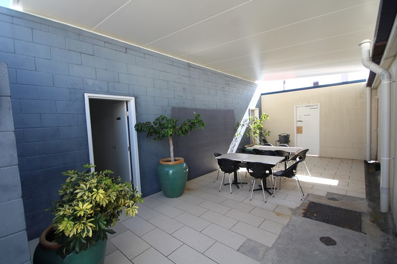 3/180 Scarborough Street SOUTHPORT QLD 4215