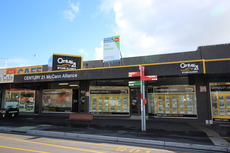130-132 Young  Street FRANKSTON VIC 3199