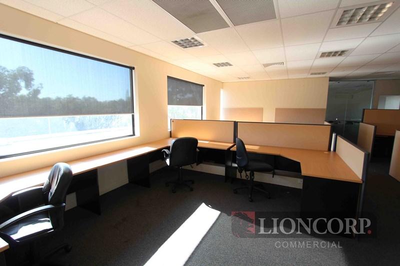 Level 1/9&10/2404 Logan  Road EIGHT MILE PLAINS QLD 4113