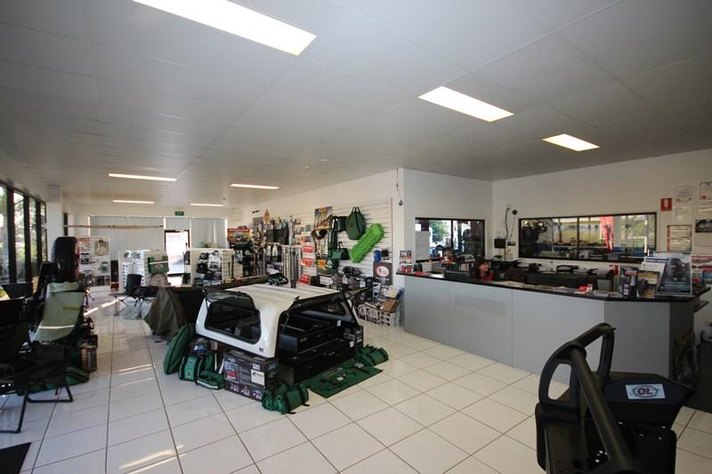 16-18 Civil Road GARBUTT QLD 4814