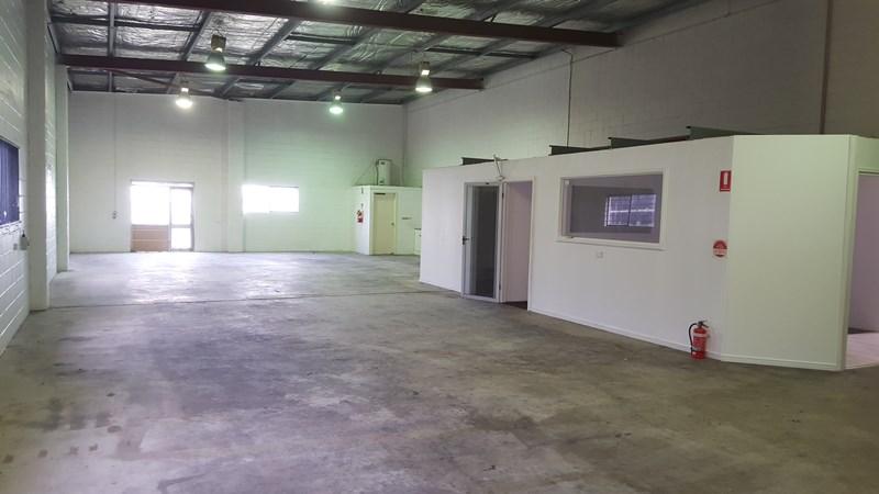 2/13 Brendan Drive NERANG QLD 4211