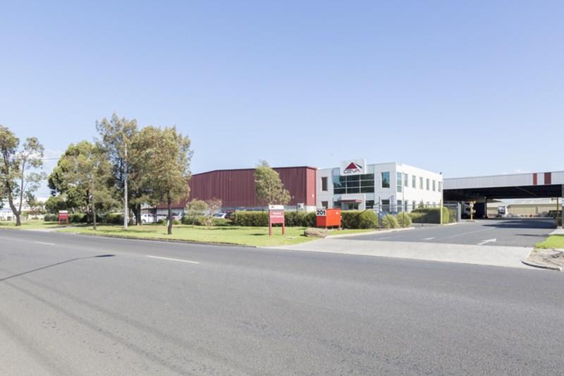 18-22 Slough Road (20-24 Ajax Road) ALTONA VIC 3018