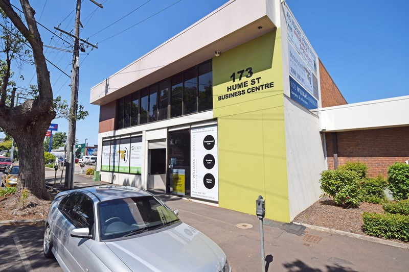 Suite 3, 173 Hume TOOWOOMBA QLD 4350