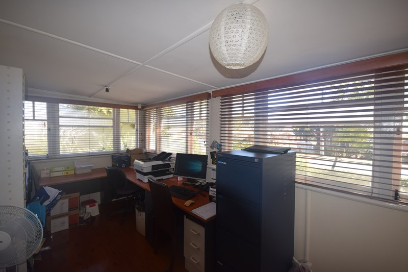 132 South Street CENTENARY HEIGHTS QLD 4350