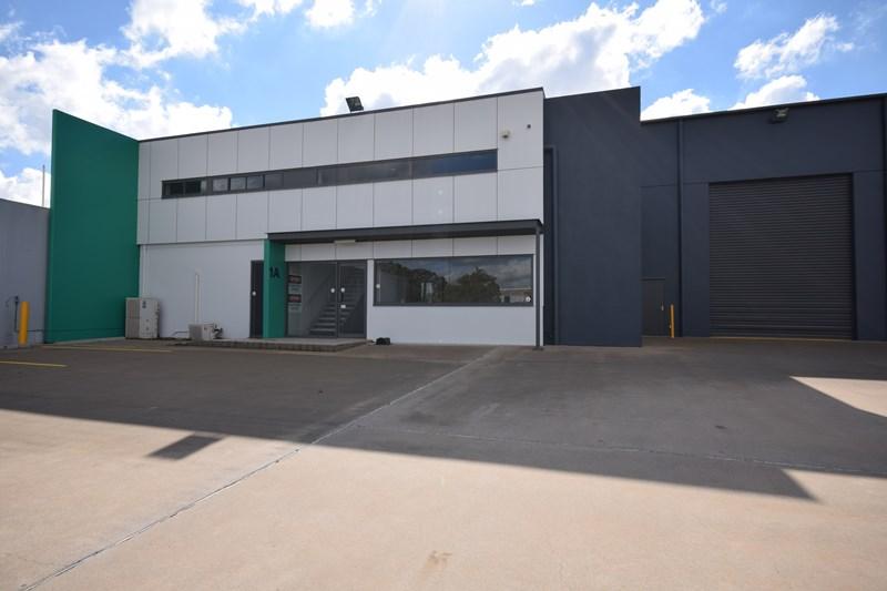 7-9 Gardner Court WILSONTON QLD 4350