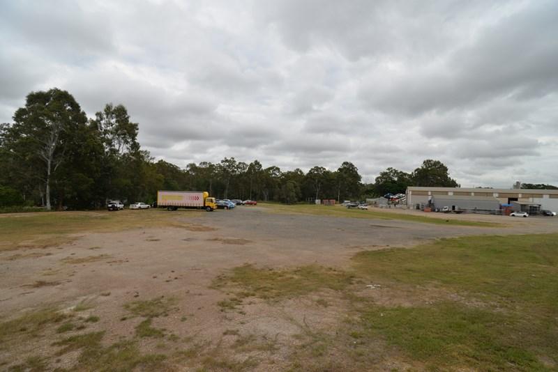 251-253 Queens Rd KINGSTON QLD 4114