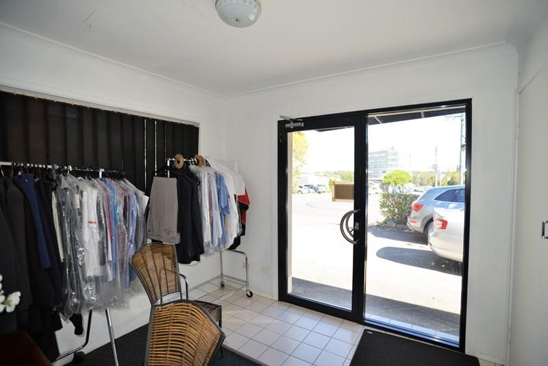 1 Briggs Road SPRINGWOOD QLD 4127