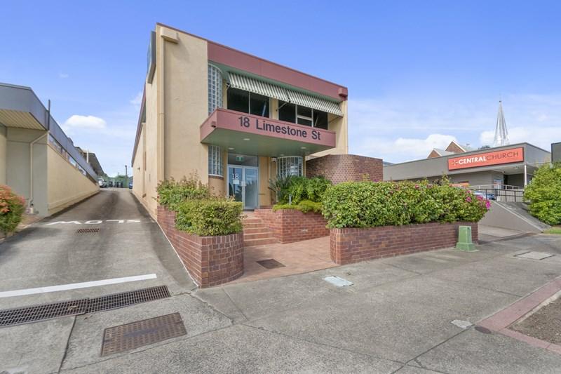 Unit 3 / 18 Limestone Street IPSWICH QLD 4305