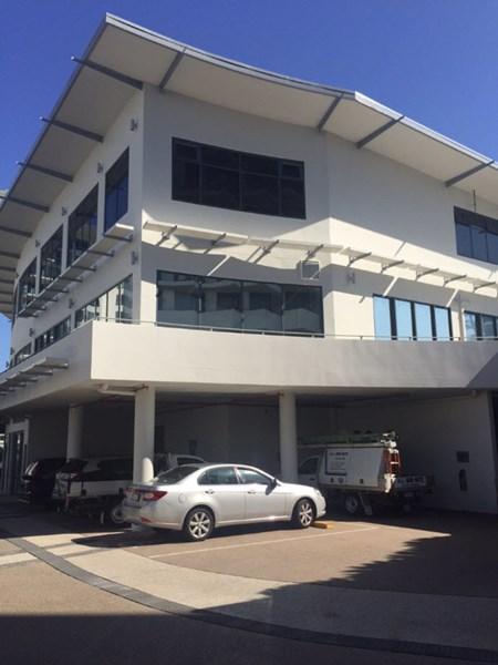 Top Floor/14-18 Duporth Avenue MAROOCHYDORE QLD 4558